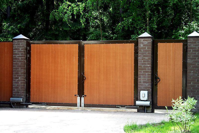 Распашные складные ворота в Кировске
